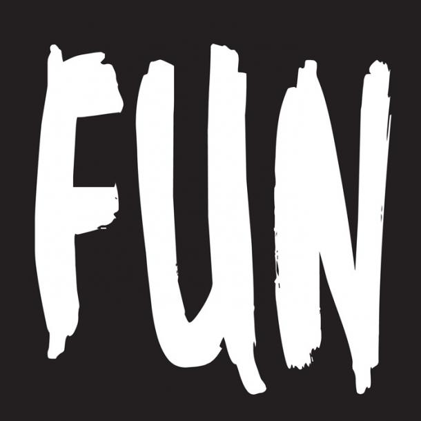 Fun - Schwarz - Durchsichtiger Fliesenaufkleber 15x15 cm